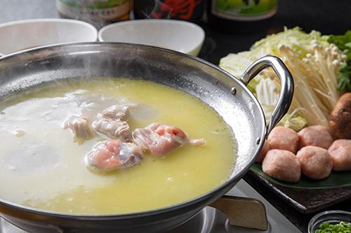 こだわり白湯スープの博多水炊き(2人前)